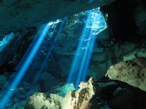 steve_caves